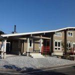 屋根付き駐車場北九州市若松区塩屋【築後未入居】暖炉付きのデザイナーズログハウス