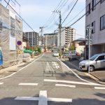 車道幅は十分な広さです北九州市小倉北区上到津|1階に6帖以上の洋室あり