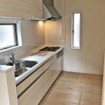 食器棚充実!キッチン専用スペース北九州市門司区吉志|収納に便利なクローゼット多数あります!