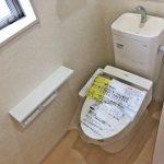 温水洗浄便座です!北九州市門司区吉志|収納に便利なクローゼット多数あります!