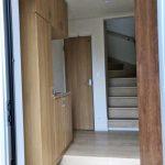 玄関すぐトイレと階段あり北九州市小倉南区朽網西|3帖もある大きな納戸スペースつき!