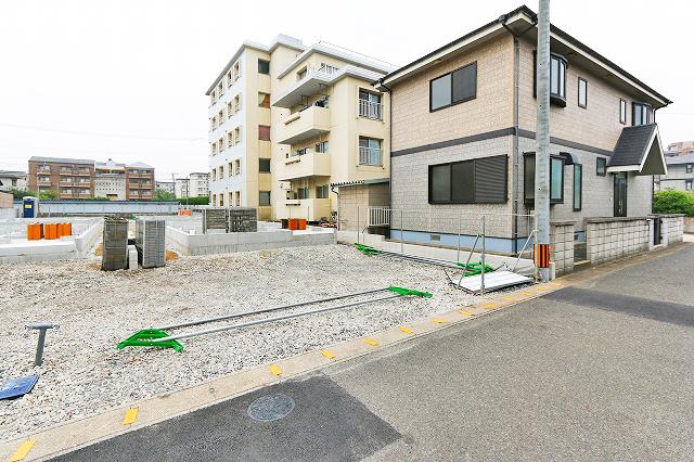 並列2台駐車分のスペース有り北九州市小倉南区徳力新町|9帖以上の広いメインベッドルーム