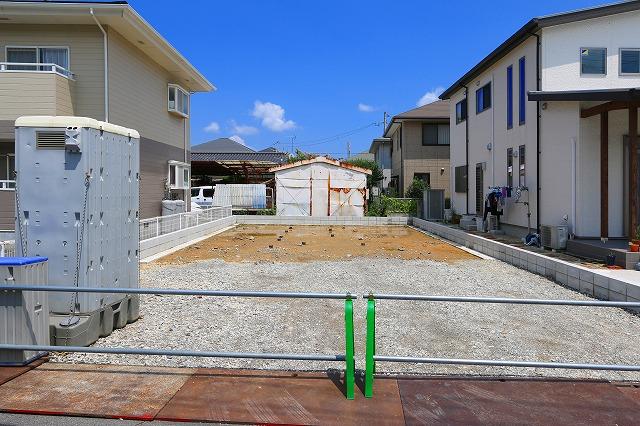 嬉しい駅チカ!コンビニや郵便局も!北九州市小倉南区朽網東|キッチン横にパントリーあります
