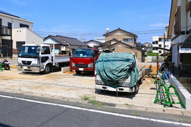 前面に並列2台分駐車が可能です!北九州市小倉北区篠崎|全室ウォークインクローゼットつき!