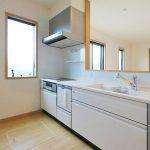 食洗機付きの便利なキッチン北九州市八幡西区三ツ頭|人気のリビング階段を取り入れた間取り