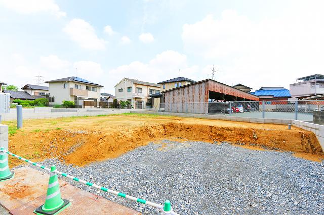前面駐車場2台駐車可能!北九州市八幡西区春日台|駅チカ!スーパー近隣!アクセス便利な物件です。