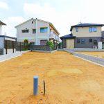 外観北九州市八幡西区春日台|駐車スペース広々!複数台駐車可能。