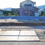 外観京都郡苅田町尾倉|キッチン横にパントリーのあるリビングルーム