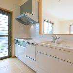開放的なオープンキッチン!行橋市草野|16帖の広くてゆとりのあるリビングです!