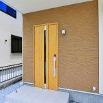 シンプルな玄関です京都郡苅田町大字与原|これから発展していく新興住宅地エリア!