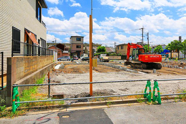 駐車場スペース並列2台可能!北九州市若松区白山|商店街・駅・サンリブなどへも歩いていける環境!