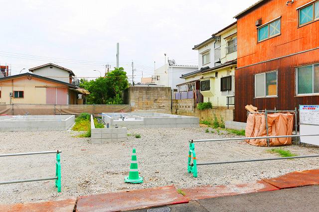 前面に並列2台駐車可能!北九州市若松区赤崎町|マルショクまで徒歩圏内です!