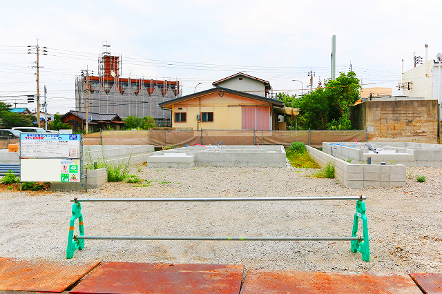 人気のリビング階段で家族の帰りが分かる!北九州市若松区赤崎町|若松工業地帯へお勤めの方にぴったり!