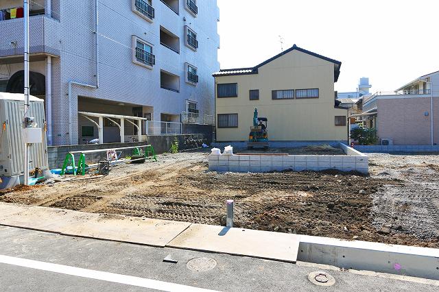 前面2台駐車可能です!北九州市門司区高田|各部屋ゆったりでゆとりある間取りです!