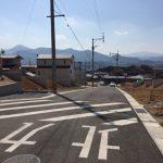 住宅前の道路は広くてきれい!北九州市小倉南区葛原|オープンキッチンのデザイン住宅!駐車3台可能