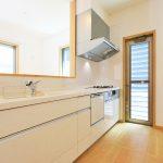キッチン北九州市若松区桜町|主寝室はW.Iクローゼット!二面光彩で明るい