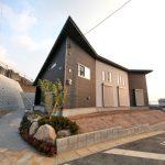 壁に面していて近隣を気にしなくても良いです北九州市小倉南区葛原|オープンキッチンのデザイン住宅!駐車3台可能