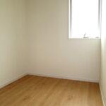 ストレージルーム福岡県北九州市若松区小糸町【1号棟】ウォークインクローゼットつきの8畳洋室!2階廊下に物置も